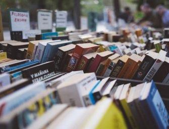 Cele mai bune cărți interzise: povești care au stârnit controverse de-a lungul timpului