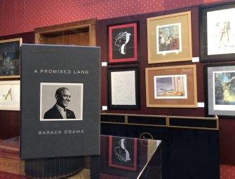 Licitație caritabilă: o carte semnată de Barack Obama poate susține o Grădiniță Bibliotecă în România