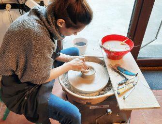 Irina Constantin: o scrisoare de dragoste pentru ceramică și obiecte meșteșugite