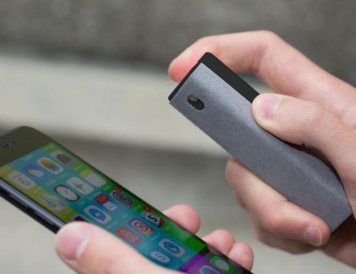 Accesoriu telefon 3 in 1 - Screen Cleaner - mai multe culori thumbnail