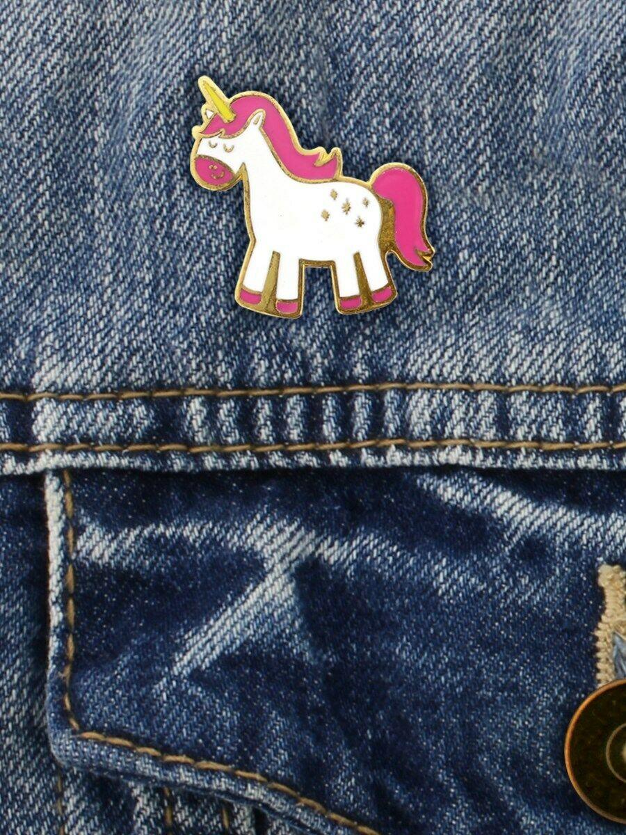 Insigna - Cute Rainbow Unicorn thumbnail