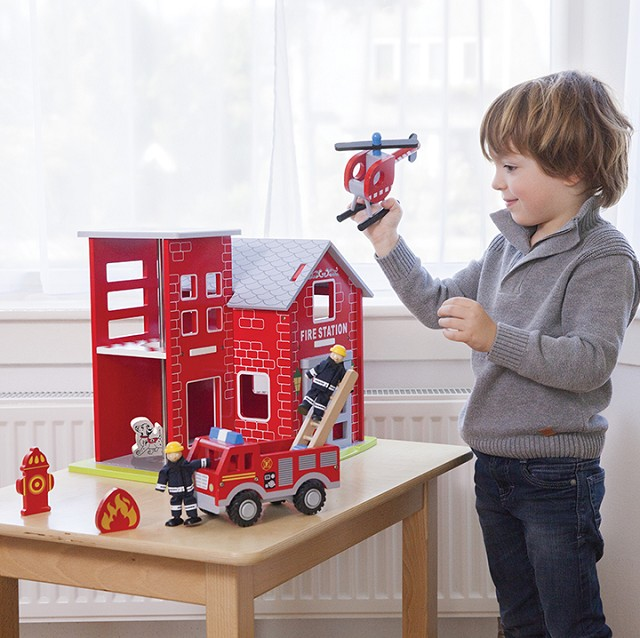 Jucarie - Statie de pompieri | New Classic Toys