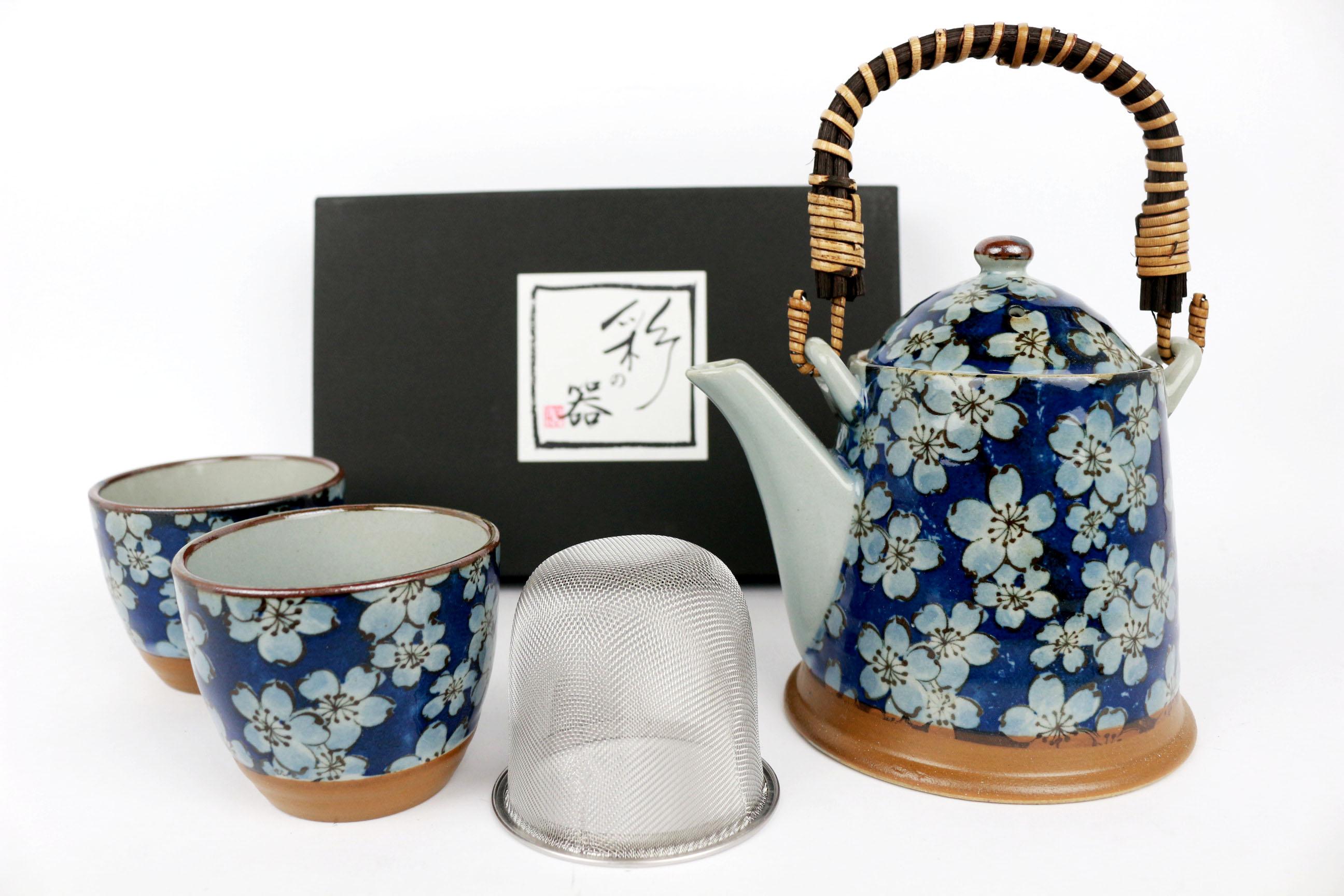 Set ceainic si cesti -Tajimi Blue Flowers