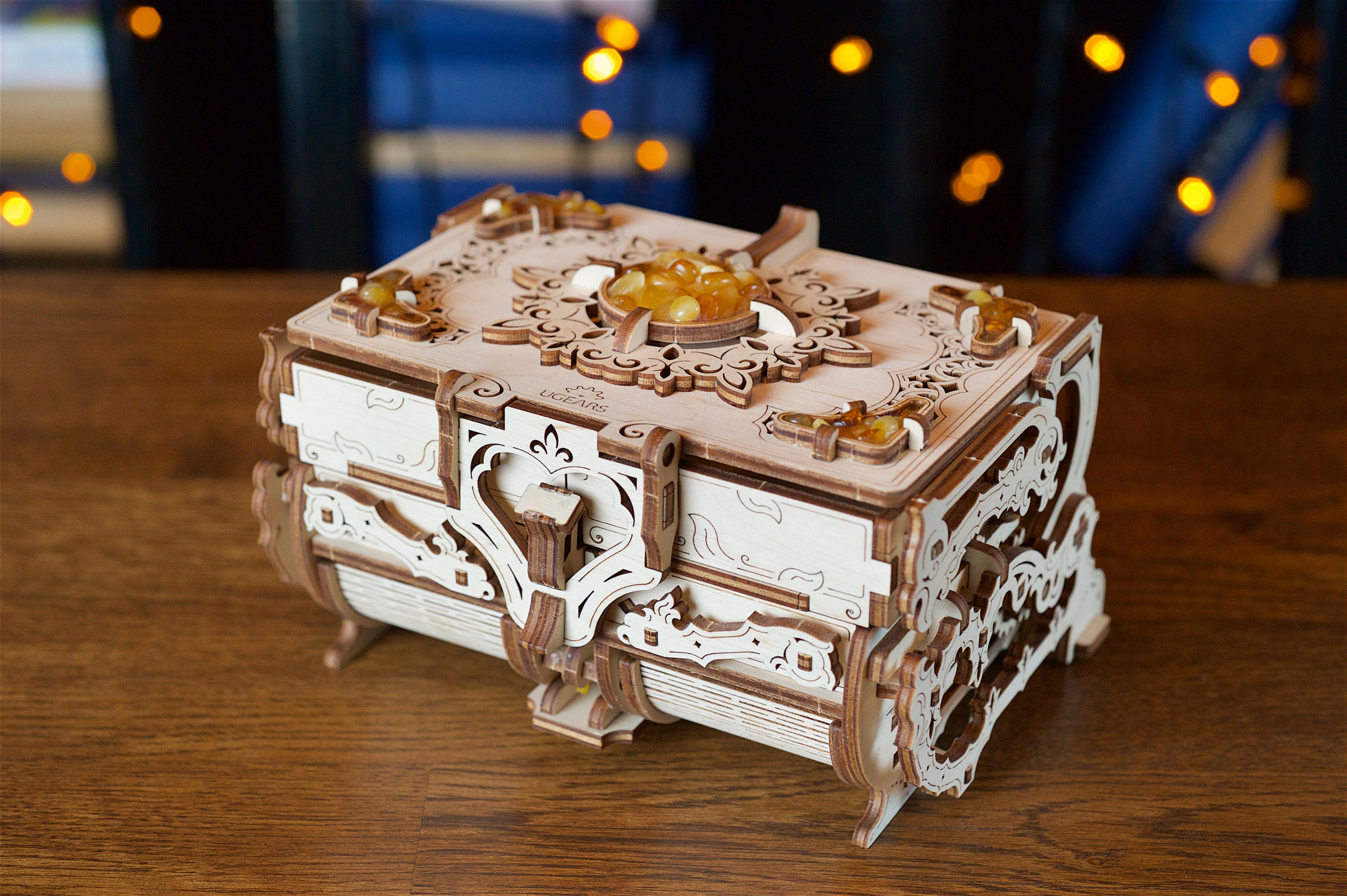 Puzzle 3D - Cutie bijuterii cu chihlimbar / The Amber Box | Ugears
