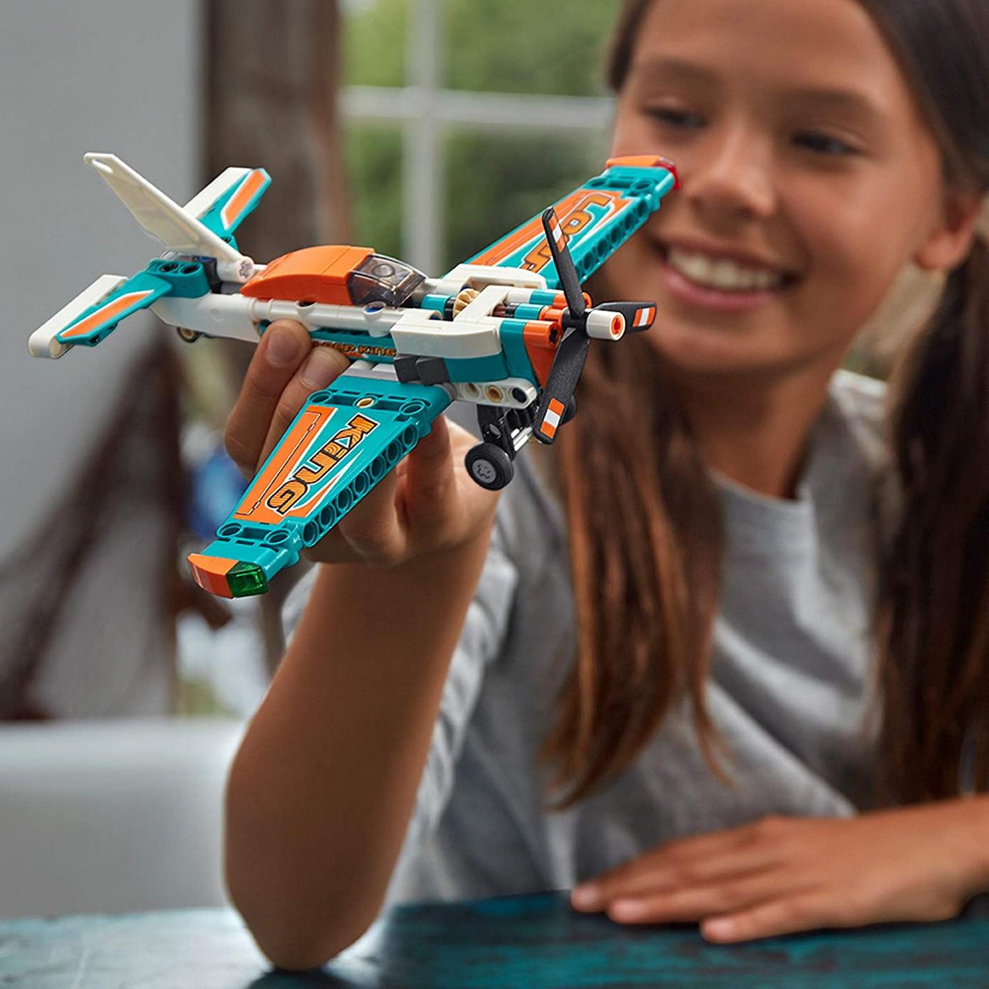 LEGO Technic - Race Plane (42117)   LEGO - 8