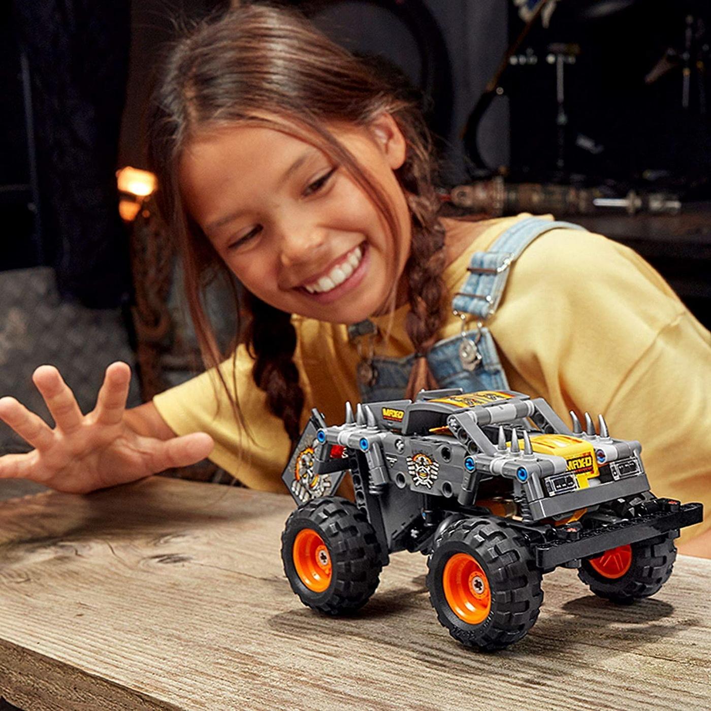 LEGO Technic - Monster Jam Max-D (42119)   LEGO - 10